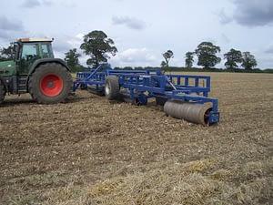 Edlington 16.3m Cambridge roll behind tractor